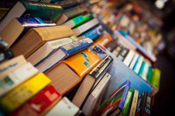 Market Stalls - books