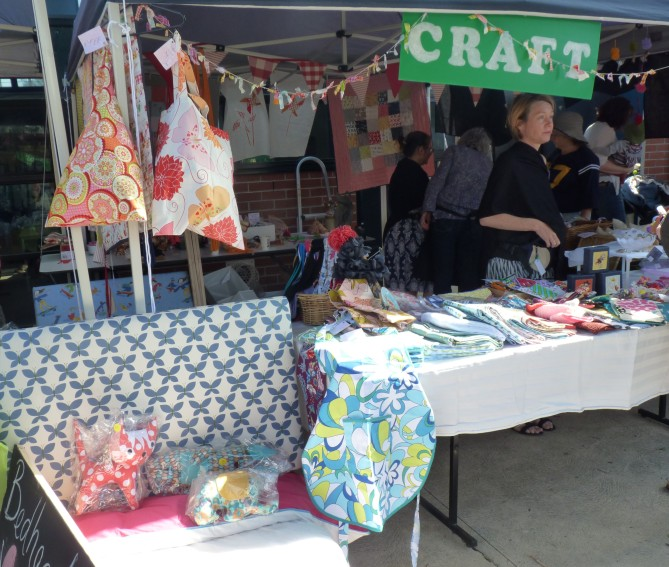 Market Stalls - craft